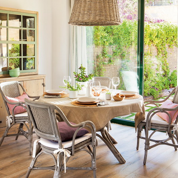 small-spanish-house-with-charming-terrace3