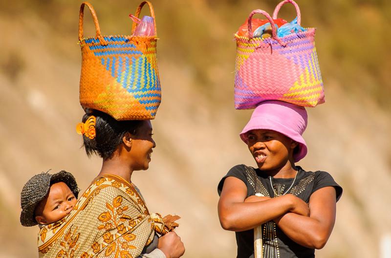 Что люди носят на голове