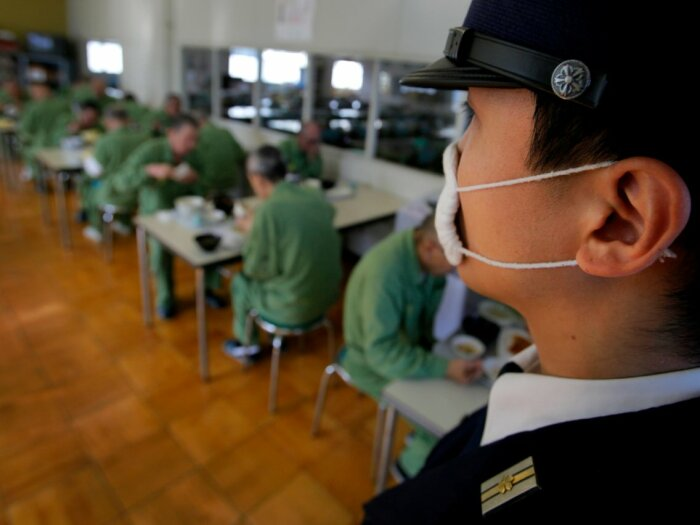 В учреждениях поддерживается жесточайшая дисциплина.  Фото: lifeinjapan.ru.
