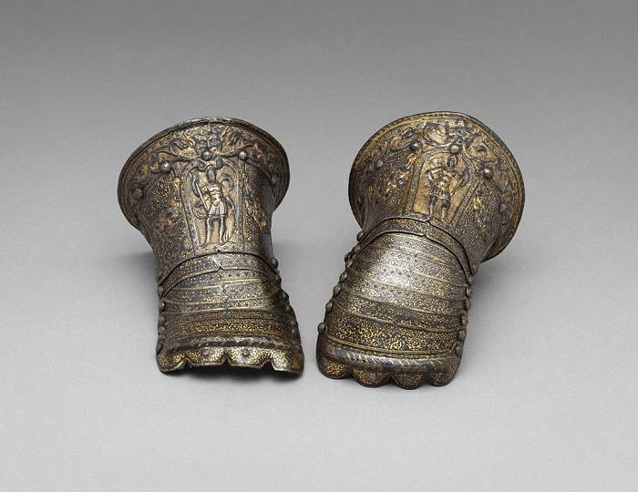 Пара детских перчаток. Италия, Милан. 1585 год. Сталь, золото, серебро