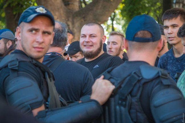 Одесса: «Дупа» идет в депутаты украина