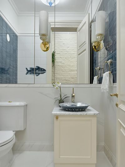 Классический Туалет by Архитектурное Бюро Андрея Стубе