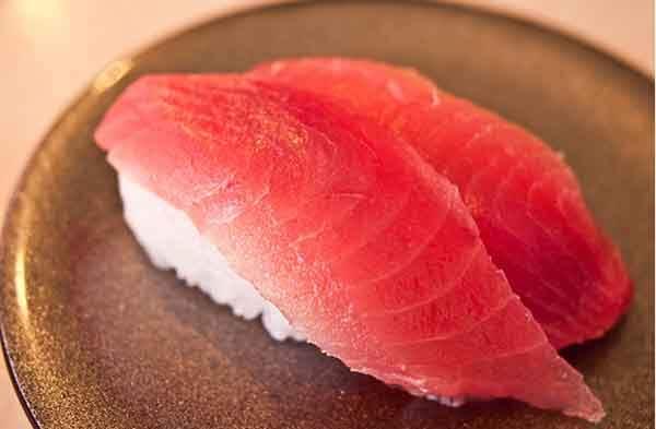 tuna-sushi-stripes