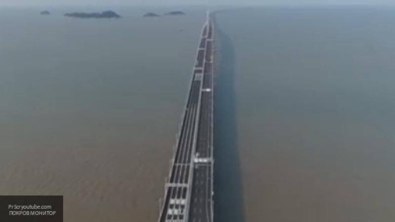 Самый длинный в мире морской мост построили в Китае