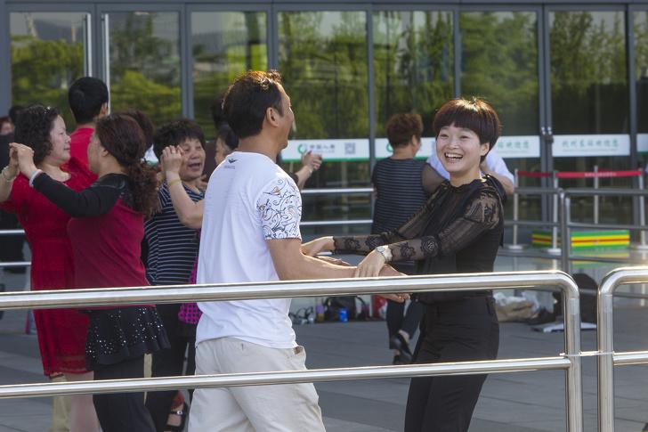 Россиянка приехала работать в Китай и столкнулась с фактами, о которых вряд ли узнают туристы (Но мы это исправим)