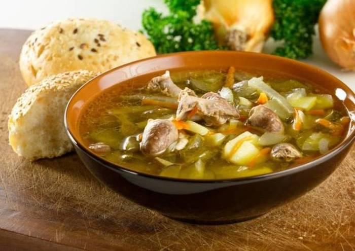 Суп с куриными сердечками.  Фото: cookpad.com.
