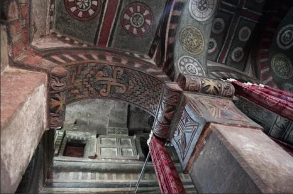 храм алтарь в Лалибэле Эфиопия