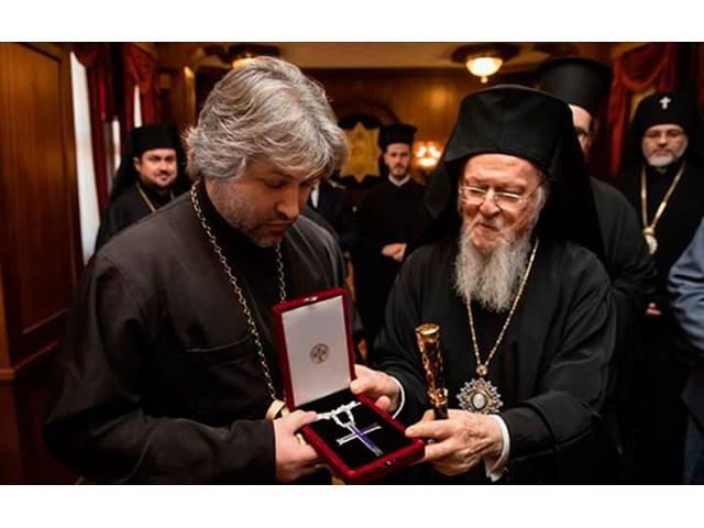 «Распятый русский» как символ веры «Святейшей церкви Украины» геополитика