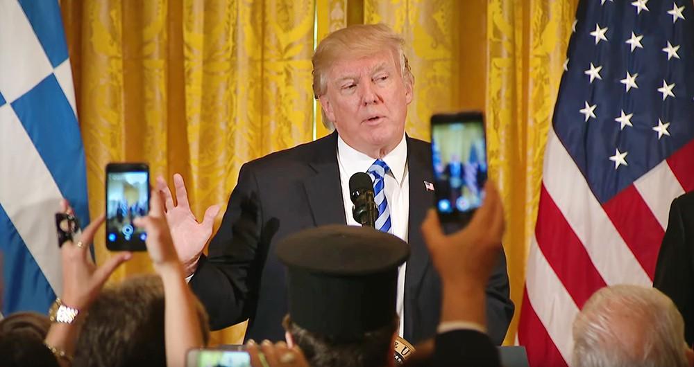 После введения конгрессом США санкций администрация Трампа станет для России бесполезной. Президент США не сможет их отменить