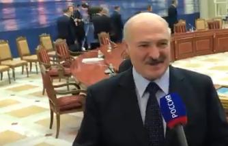 «Вам лучше не слышать этого»: Лукашенко извинился за спор с Путиным на ЕАЭС