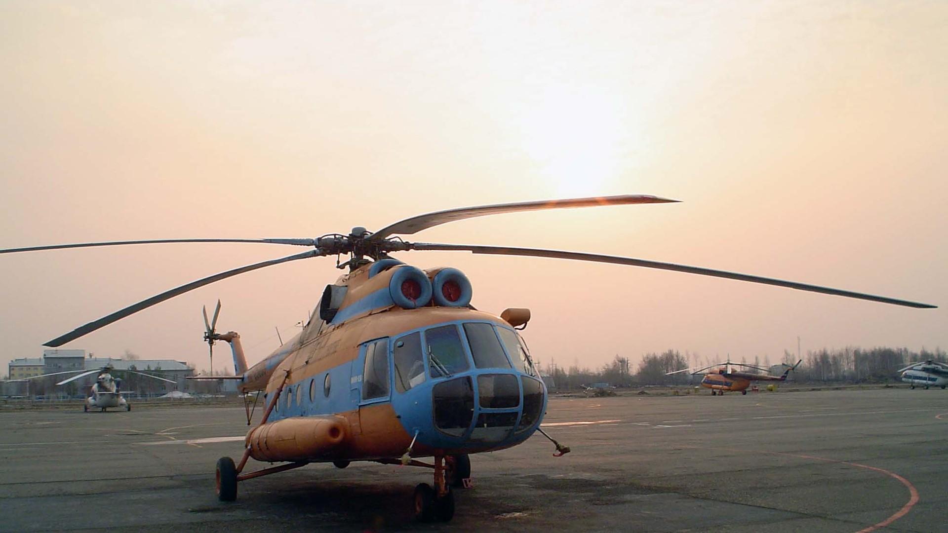 С днем гражданской авиации картинки вертолет