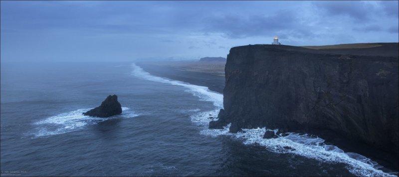 В Исландии нет деревьев. Вообще. Ну точнее они есть на частных территориях вокруг домиков. Это считается очень пафосно. исландия, красота, пейзаж, природа, путешествия, фото, фотограф, фотографии