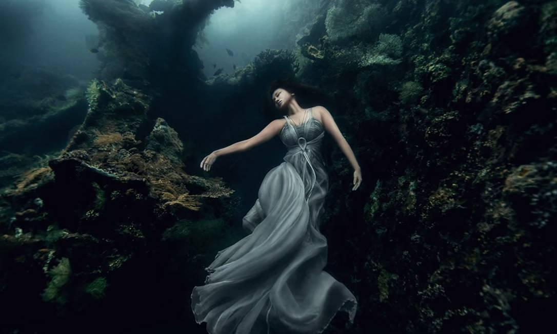 Картинки по запросу luz no fundo do mar
