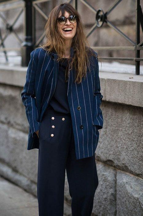 Мода после 50 лет: какие вещи старят, а какие, наоборот, молодят одежда, носить, женщинам, старше, всегда, женщину, женщине, такие, делает, возрасте, выглядит, становится, стоит, образ, выглядеть, рваные, джинсы, хотите, зрелом, украшения