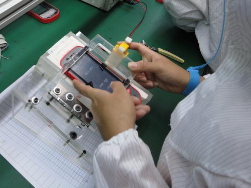 Как мы делали первый российский смартфон гаджеты