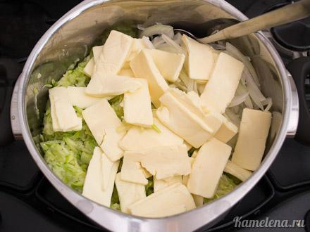 Запеканка из кабачков и плавленого сыра — 4 шаг