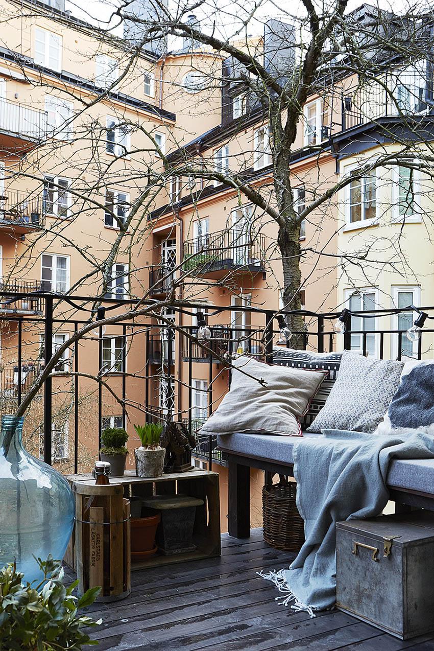 19-interesnyx-idej-dlya-malenkogo-balkona-13