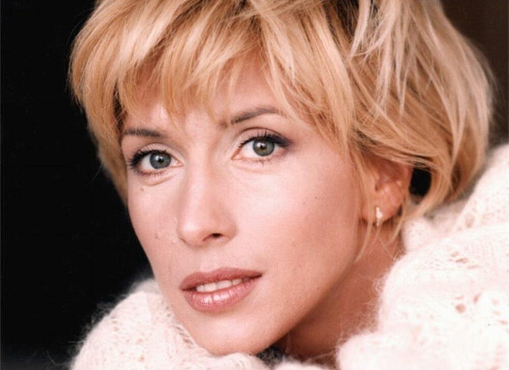 Алена Свиридова: Как живет сейчас и подробности личной жизни популярной певицы 90-х