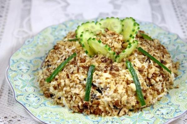 Как приготовить салат «Дамский каприз»