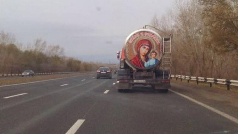 10. Дальнобойщики - люди верующие россия, смешно, фото, юмор