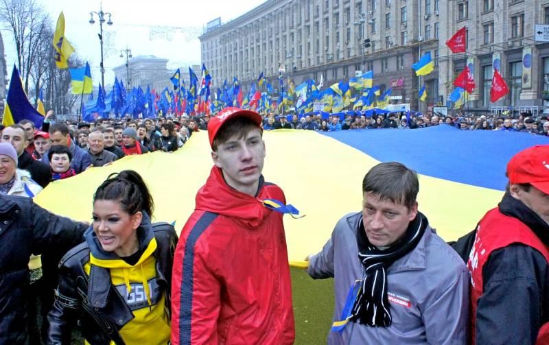 «Нормальные украинцы сами должны навести у себя порядок…» – верно ли это утверждение? Политика