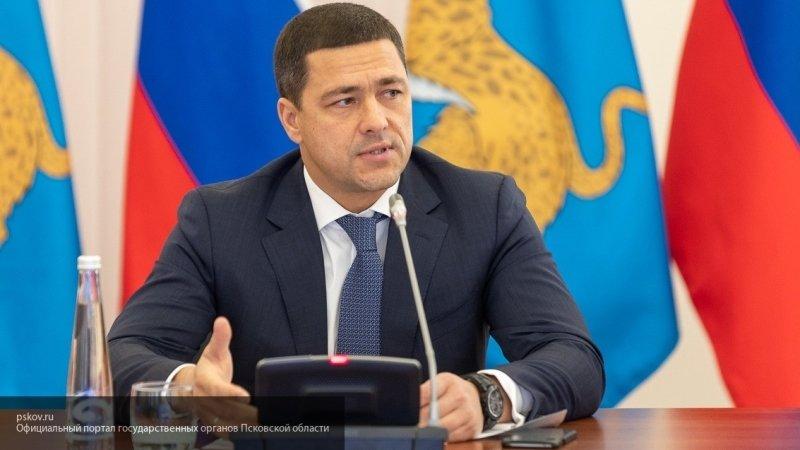 Ведерников предложил эстонцам взять российское гражданство и переехать в Печорский район