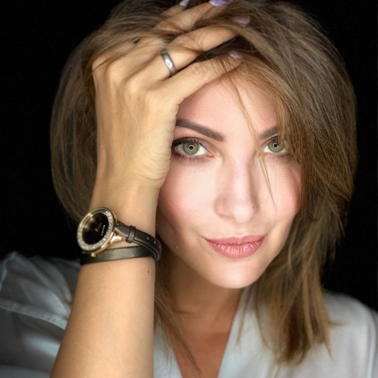 Анастасия макеева фотообои