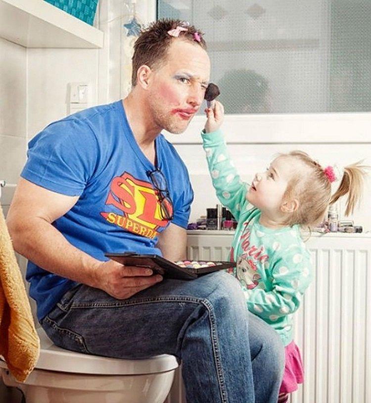 Прикольные картинки про отца и дочек, куриц приколы