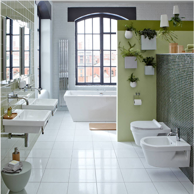 Интерьер просторной ванной