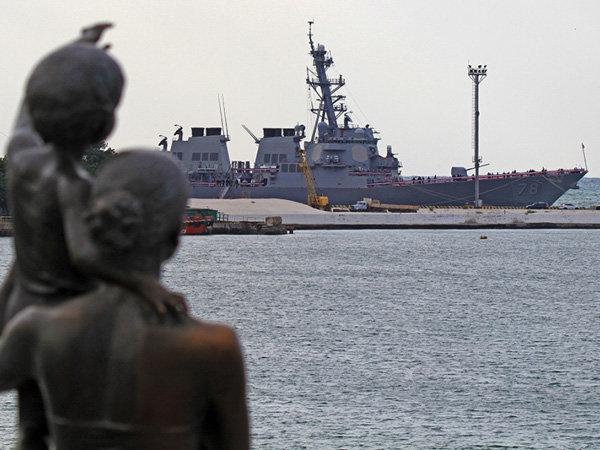 Корабли США в Черном море не будут мешать российскому флоту в случае его попытки занять Одессу