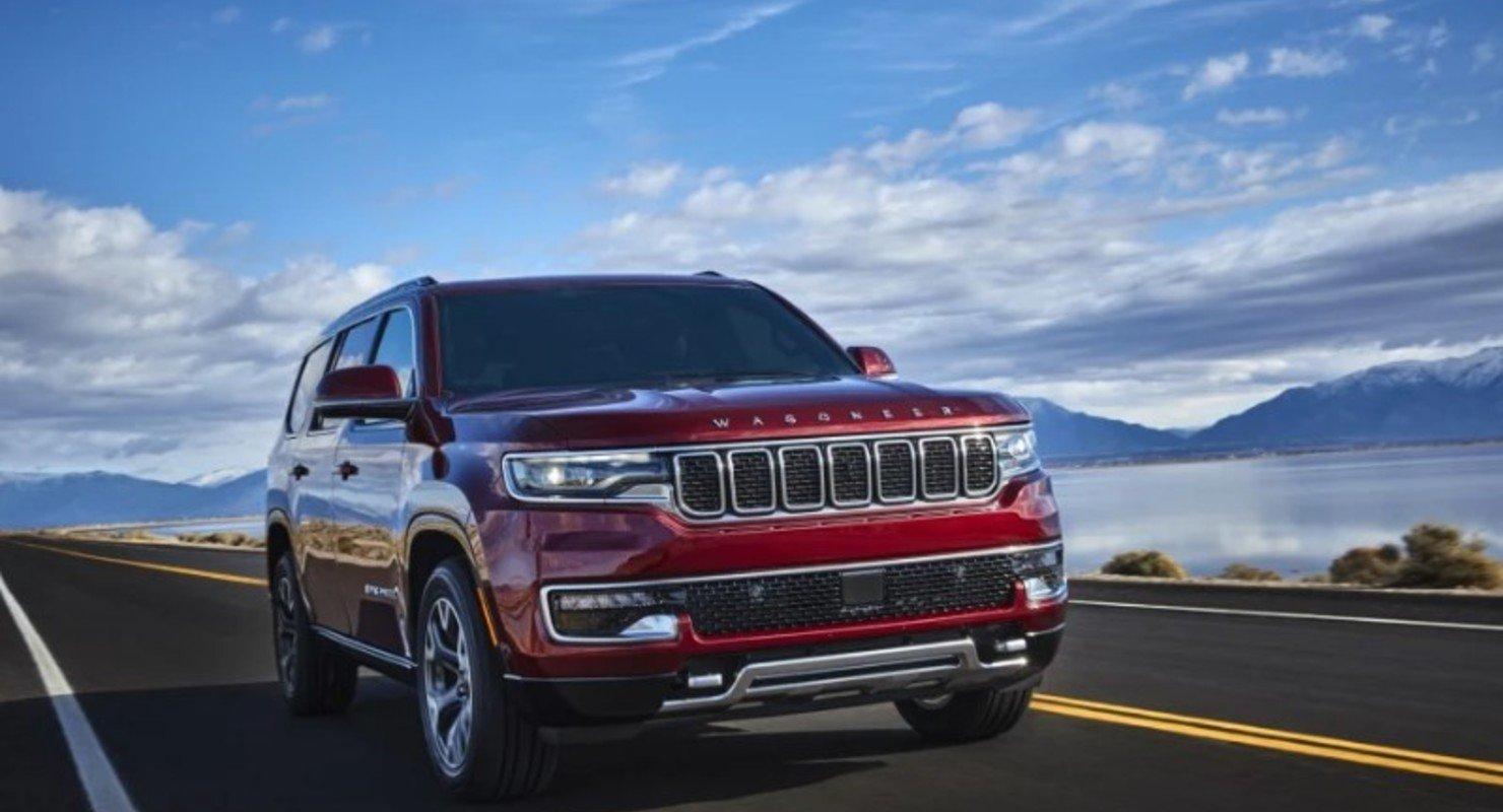 Возрожденный внедорожник Jeep Wagoneer сравнили с Mercedes-Benz GLS и Land Rover Defender Автомобили