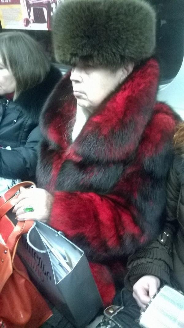novaya-porciya-ugarnyx-fotok-modnikov-iz-metro_008