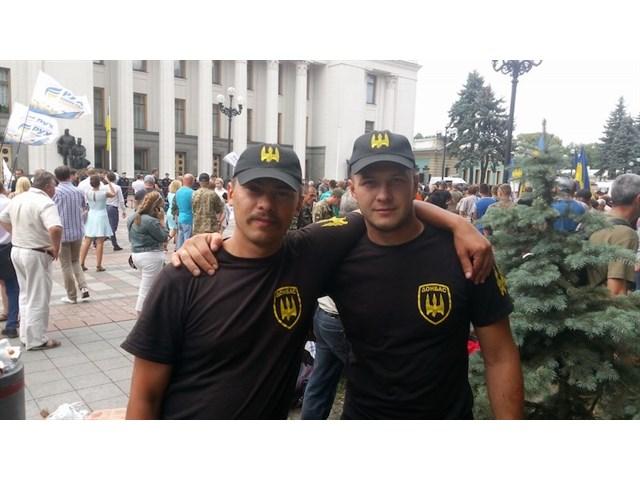 На Украине отпустил из-под стражи карателей, подозреваемых в жестоком убийстве фермера и его семьи украина