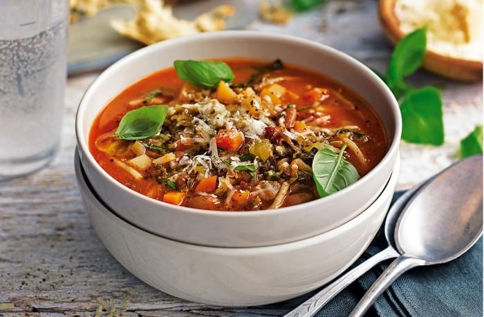 Суп с томатами. \ Фото: cookmaster.online.
