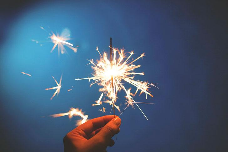Семья мужа снова хочет отмечать Новый год у нас