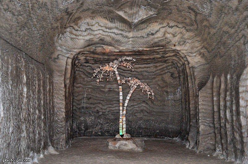 Соляная пещера Соледара здесь, можно, миллионы, метров, Украины, территорию, «Соляная, который, землю, только, существует, одним, шахту, Здесь, увидеть, симфония», многие, скульптура, Соледаре, время