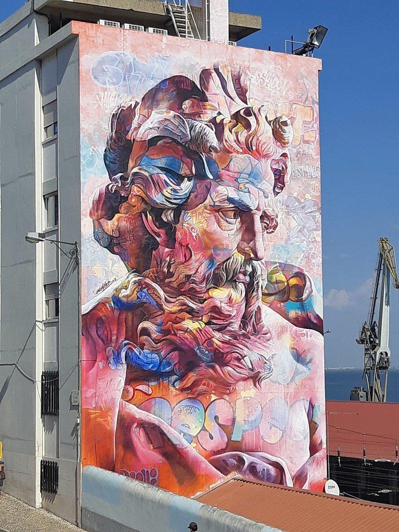 Искусство в городе: власти разрешили уличным художникам разрисовать Лиссабон