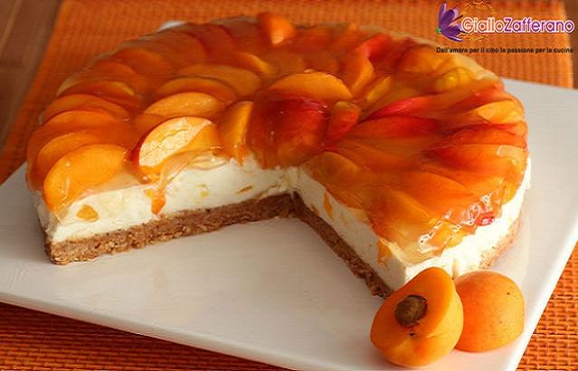 Торт с абрикосами (без выпечки)