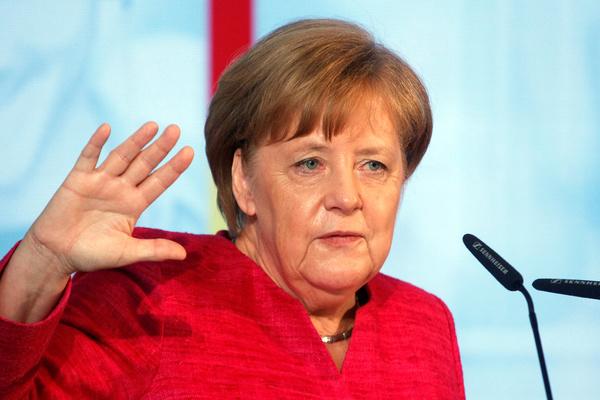 Меркель озаботилась проблемо…