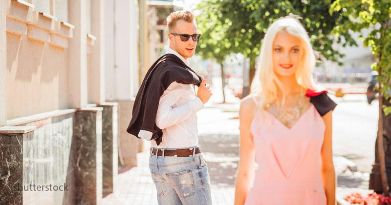 Законы привлекательности: 5 вещей, на которые мужчина обращает внимание при знакомстве