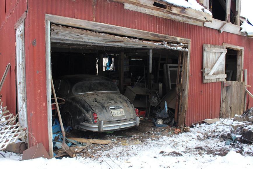 Купил дом, а в сарае обнаружил уникальный Jaguar Mk II из первой выпущенной тысячи