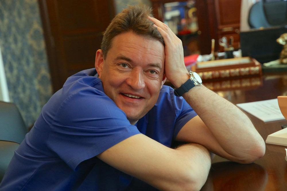 Как помочь онкологическому больному за 900 миллиардов рублей