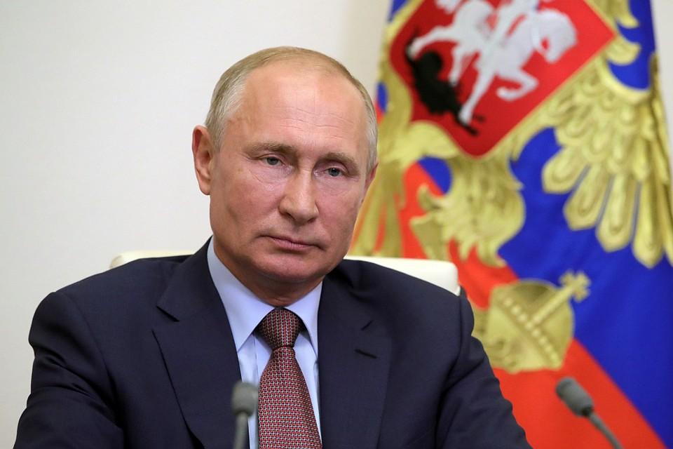 """""""Так, чтобы не подвергать риску здоровье окружающих"""": Путин проголосует загадочным образом"""