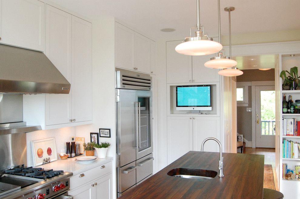 Телевизор на кухне: выбираем и устанавливаем правильно