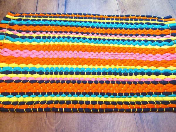 Плетём коврик из старых футболок