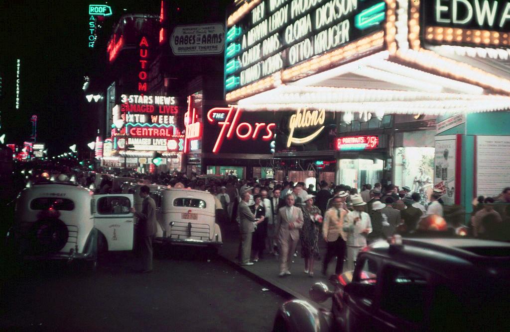 20 век в цвете. Улицы мира в 1937 году