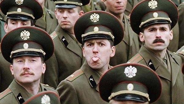 Влад Шурыгин. Как господа депутаты хотят изгнать из армии слово «товарищ»
