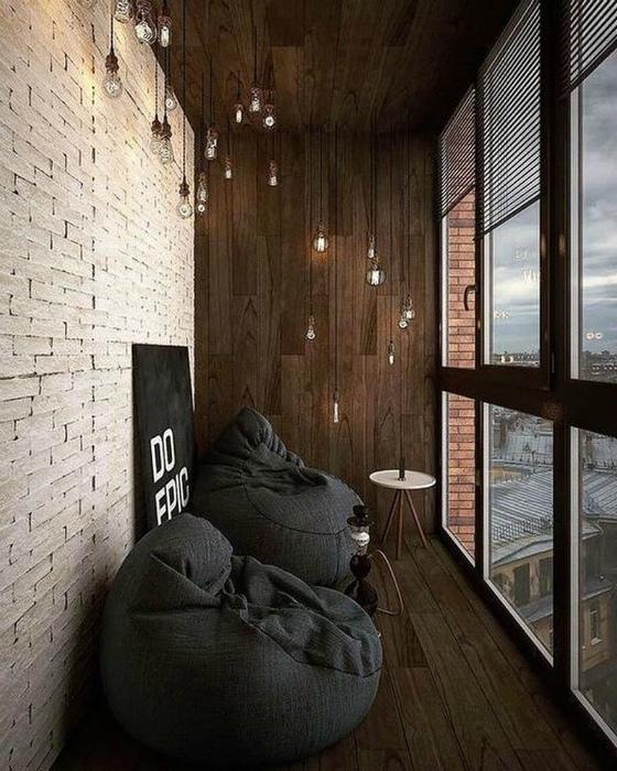 Фантастический балкон в стиле лофт.   Фото: Zasya Home.