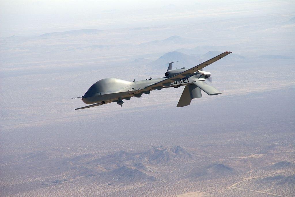 Беспилотник ВВС США шесть часов вел разведку у Керченского пролива