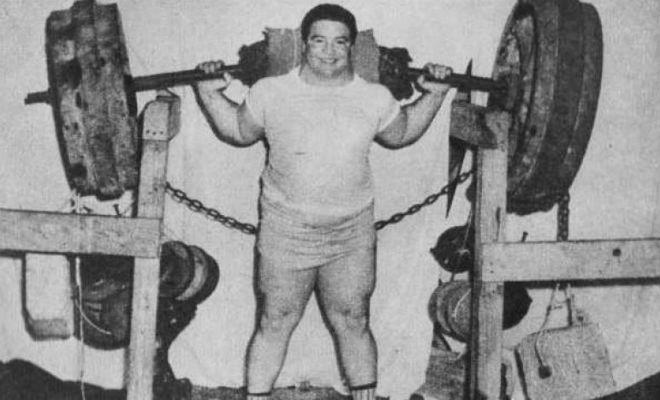 Самые сильные люди планеты: поднял штангу весом почти 3 тонны Культура